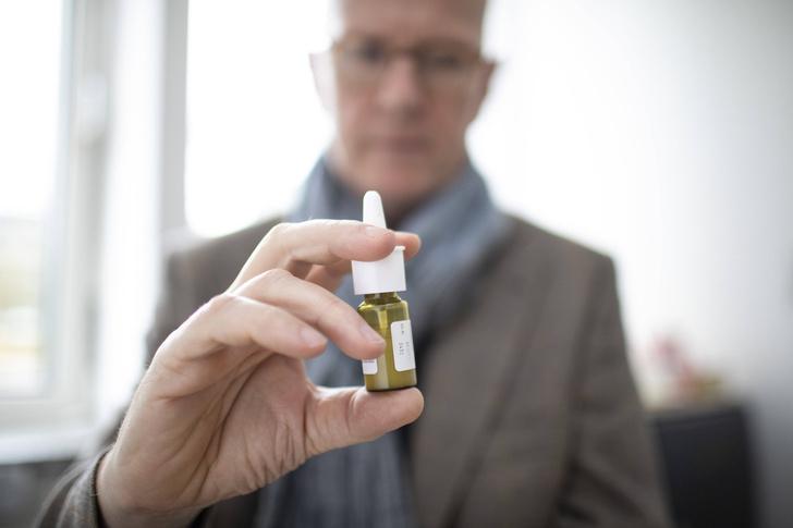 Фото №1 - Разработан назальный спрей для лечения болезни Паркинсона