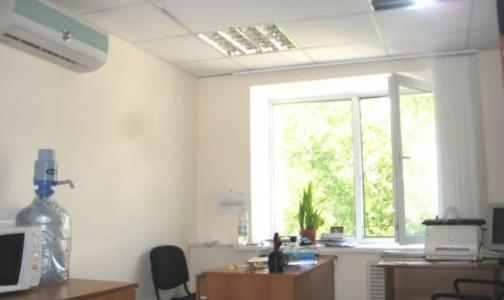 Фото №1 - Из-за кондиционеров с коллегами ссорится 31% офисных работников