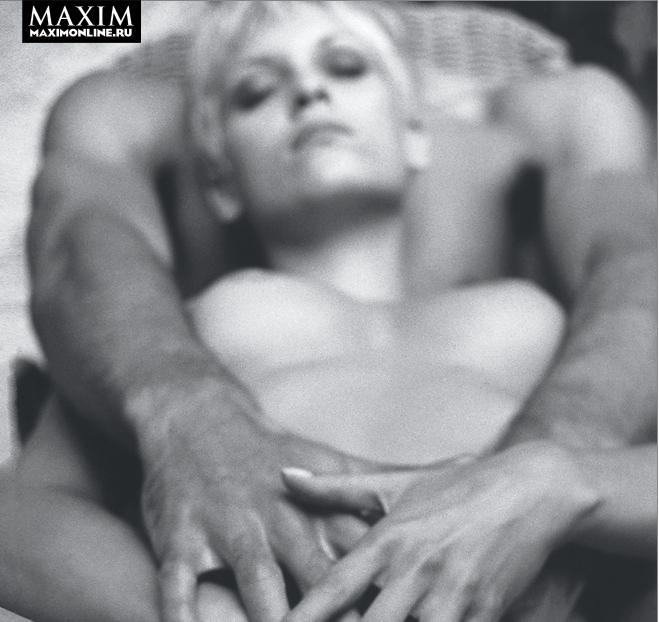 Фото №1 - Секс в одно касание. Как сделать девушке приятно с помощью 10 пальцев и 1 языка