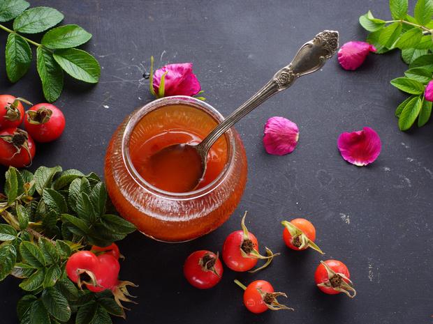 Фото №6 - Кладезь витаминов: 5 лучших рецептов из шиповника