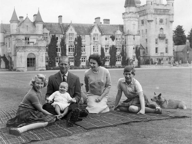 Фото №4 - Владения Королевы: сколько всего у Елизаветы резиденций, и в какой из них она бывает чаще всего