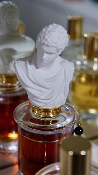 Фото №3 - Аромат дня: L'Homme aux Gants от MDCI Parfums
