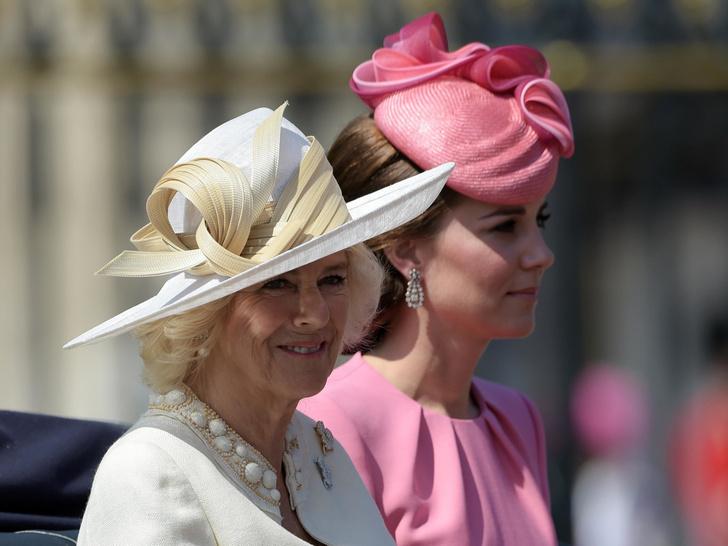 Фото №1 - Высокомерие Короны: как герцогиня Камилла отзывалась о Кейт после знакомства