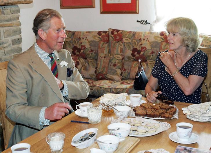 Фото №2 - Завтрак будущего короля: что Чарльз и Камилла едят по утрам