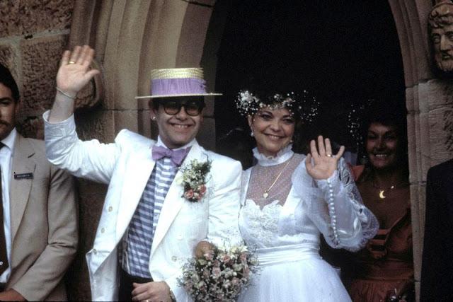 Фото №1 - Забытая свадьба Элтона Джона с Ренатой Блауэль