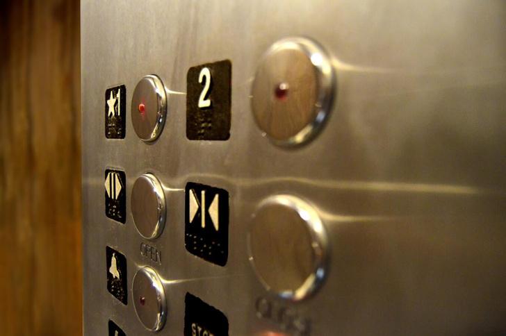 Фото №1 - Почему лифт не падает даже при обрыве троса