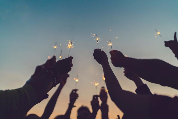 Фото №11 - Пять минут: 15 необычных новогодних традиций со всего света