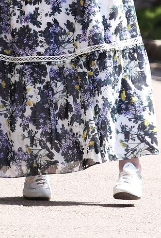 Фото №17 - Обувь и платье на праздник: 7 новых (и неожиданных) правил сочетания