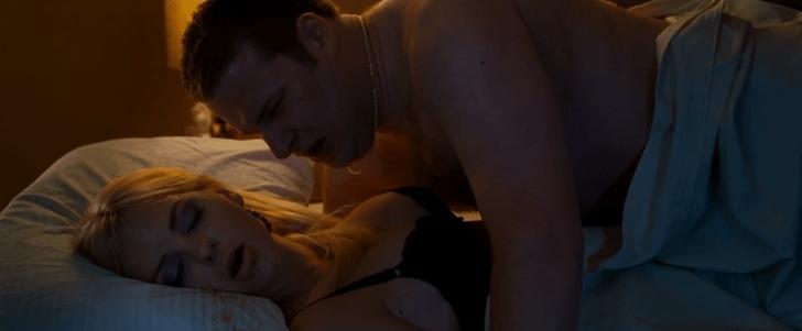 Фото №4 - 8 самых ужасных постельных сцен в кино