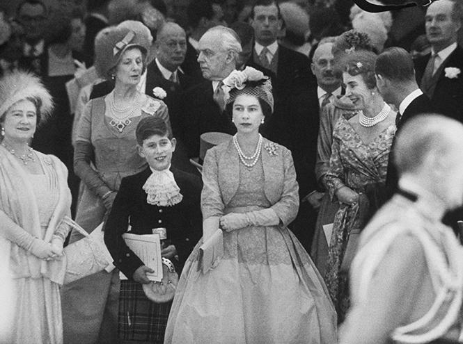 Фото №29 - Королевская свадьба #2: как выходила замуж «запасная» принцесса Маргарет