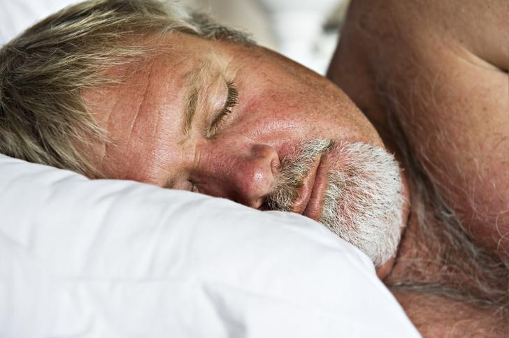 Фото №1 - Любители спать дольше 8 часов рискуют стать жертвами инсульта