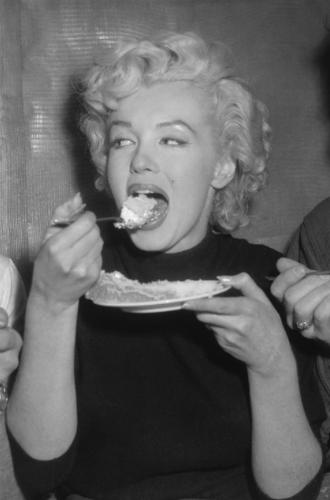 Фото №4 - Рецепты Голливуда: любимые блюда Мэрилин Монро, Одри Хепберн и Софи Лорен