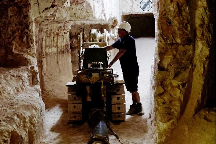 Фото №2 - Местые жители: жизнь в опале