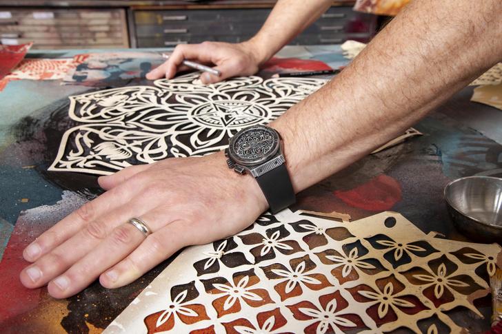 Фото №5 - Символ гармонии: Hublot и Шепард Фейри представили новые стильные часы