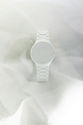 Фото №4 - Сейчас и навсегда: часы Rado, созданные в сотрудничестве с Ли Эделькорт