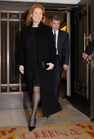 Фото №4 - Герцог и герцогиня Скандал: как Сассекские повторяют печальную историю Йоркских