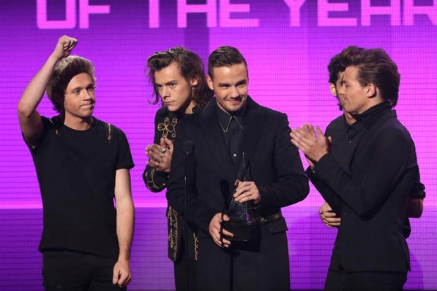 Фото №1 - One Direction стали группой года по версии Billboard