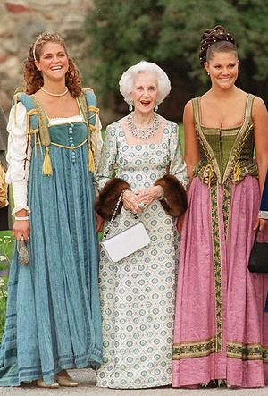 Фото №60 - Вне возраста: стильные приемы европейских аристократок (и аристократов)