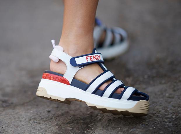 Фото №6 - Модный минимум: обувь, которая должна быть в гардеробе
