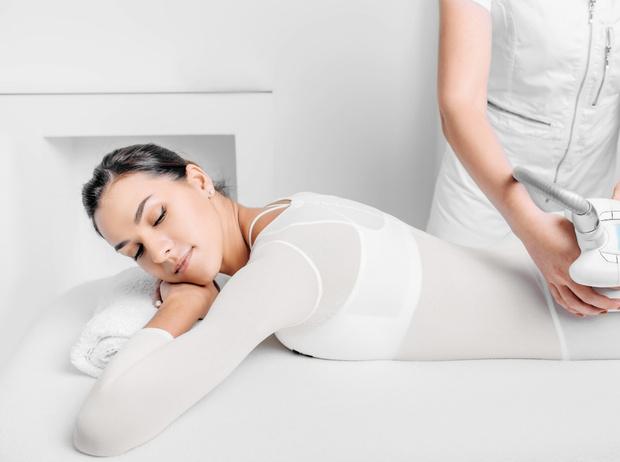 Фото №3 - LPG-массаж: чем он лучше ручного и как помогает худеть?