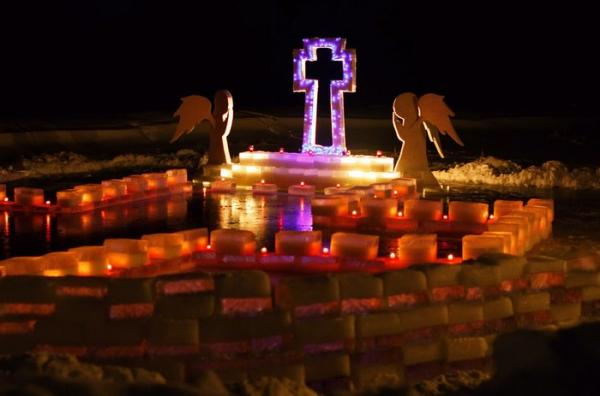 Фото №1 - Для тела и души: где окунуться на Крещение в Петербурге