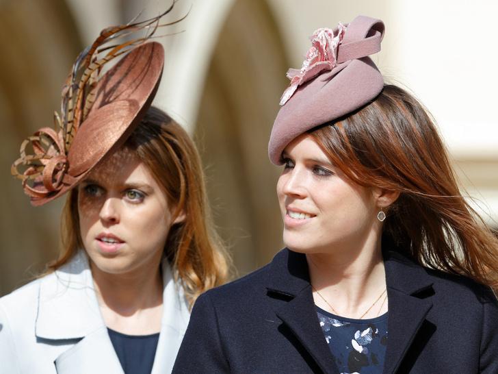 Фото №16 - Стельки, сеточки и резинки: секретные модные лайфхаки королевских особ