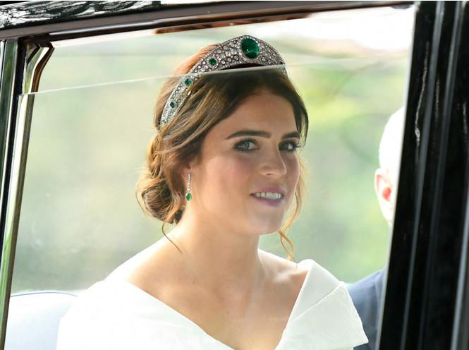 Фото №7 - Как на свадьбе принцессы Евгении проявился «эффект Грейс Келли»