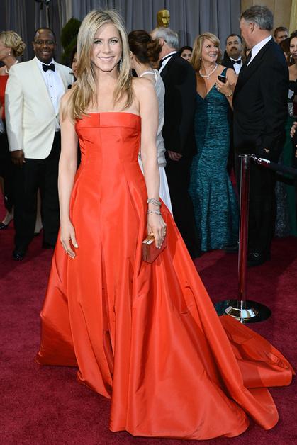 Дженнифер Энистон в платье Valentino