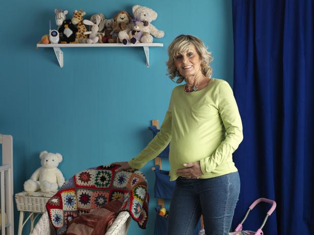 Фото №1 - «Мы со свекровью забеременели одновременно. Ей 48 лет»