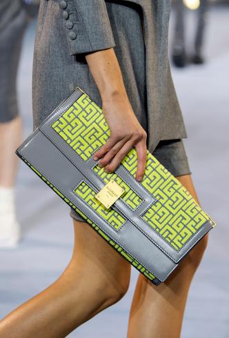 Фото №12 - Самые модные сумки весны и лета 2021