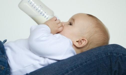 Фото №1 - ВОЗ призвала страны бороться с заменителями грудного молока