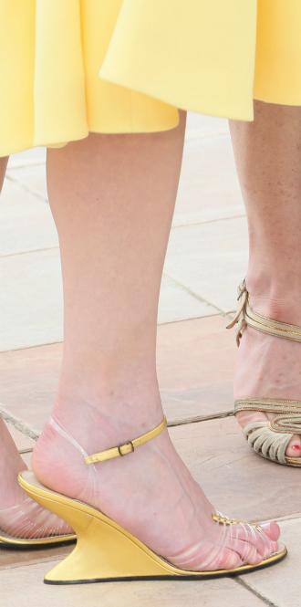 Фото №11 - Обувные бренды звезд, часть 3: Salvatore Ferragamo, Stuart Weitzman, Brian Atwood