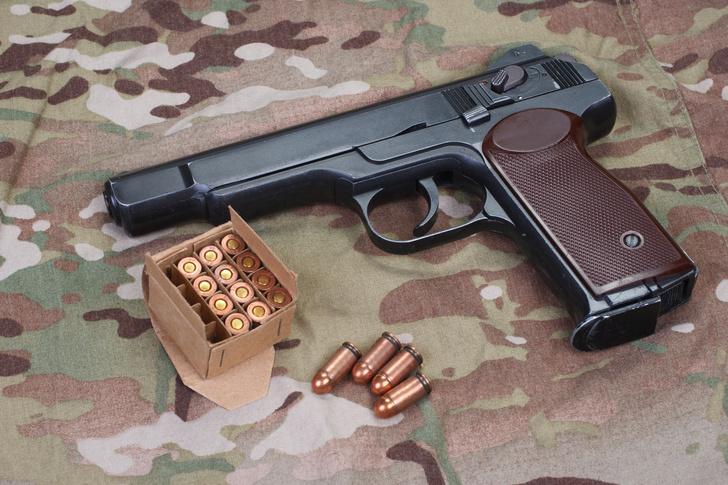 Фото №1 - Любимец спецназа. 5 поражающих фактов о пистолете Стечкина