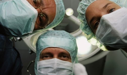 Фото №1 - В Петербурге проводятся уникальные операции на сердце