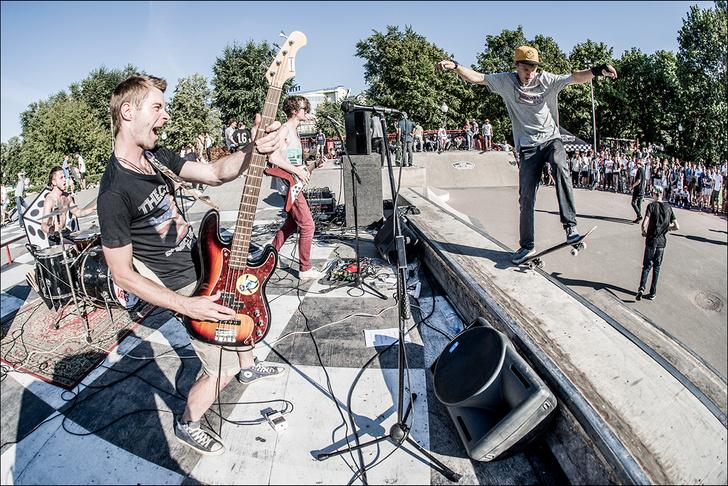 Фото №2 - VANS открывает скейт-парк на юбилейной выставке FACES&LACES