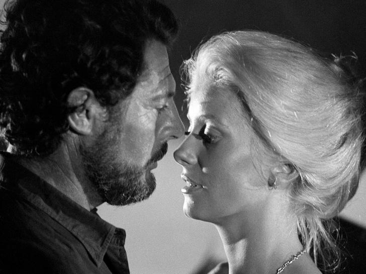 Фото №8 - Лед и пламень: обреченная любовь Катрин Денев и Марчелло Мастроянни — самой красивой пары европейского кино