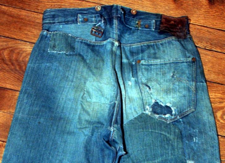 Фото №3 - Пять карманов: 10 фактов о джинсах ко дню рождения брюк из денима