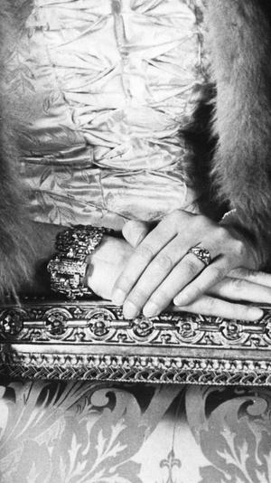 Фото №4 - Эдинбургский свадебный браслет: история самого важного подарка принца Филиппа Елизавете