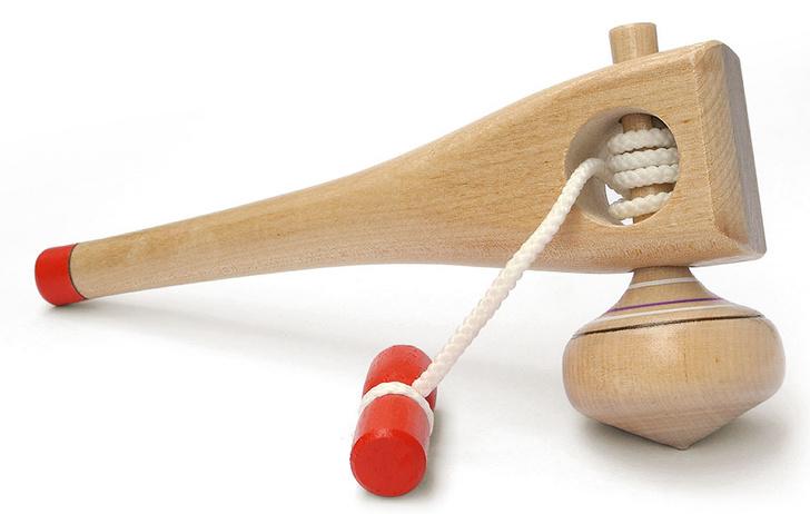 Фото №5 - До спиннера: по каким забавам мир сходил с ума до появления вращающейся игрушки