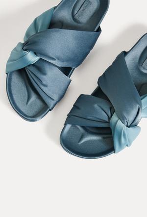 Фото №32 - Удобная мода: самая стильная и комфортная одежда для дома