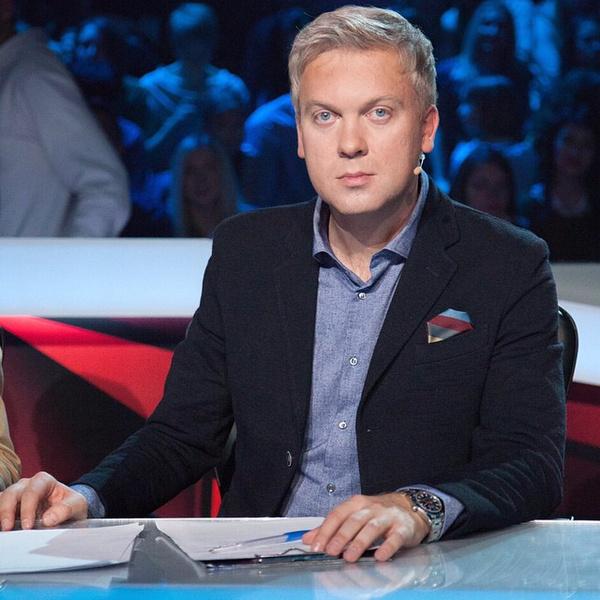 Фото №1 - «Надо было хоть погулять»: Сергей Светлаков рассказал, как еще женатым нашел новую любовь
