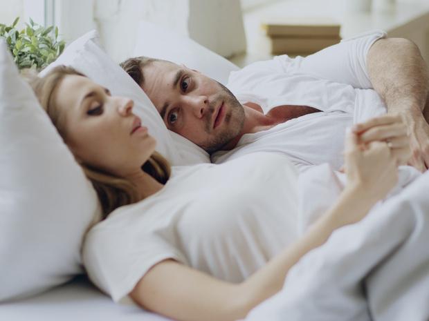 Фото №2 - Секс и юмор: 6 вещей, над которыми не стоит шутить в постели