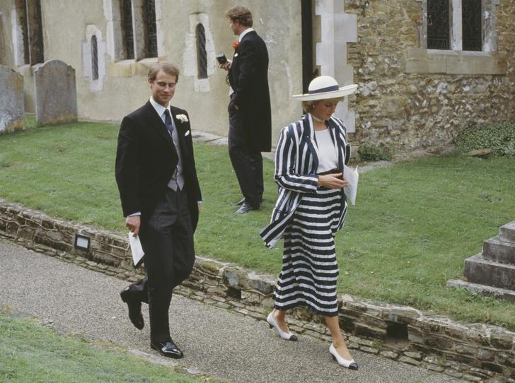 Фото №2 - Семейная вражда: почему Диана и Сара Фергюсон не ладили с младшим сыном Королевы