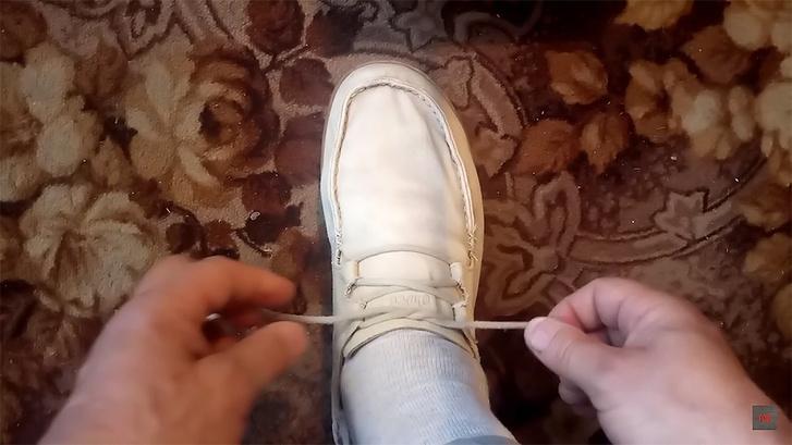 Фото №1 - Простой способ завязывать шнурки так, чтобы они не развязывались (видео)