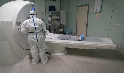 Фото №1 - Глава комздрава: Если у контактировавшего с ковидным пациентом нет симптомов, мазок берут через 8-10 дней