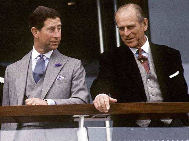 Фото №1 - Проступки отца: почему принц Филипп так и не смог стать хорошим примером для Чарльза