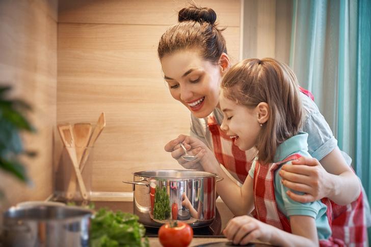 Фото №1 - Цыпленок пареный: рецепты из куриного мяса для детей и взрослых
