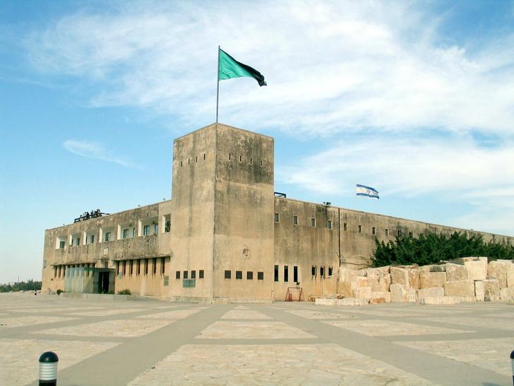 Фото №1 - Израильский Гуантанамо: тайная тюрьма, стертая со всех карт и аэрофотосъемок
