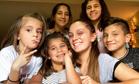 17-летняя девушка в одиночку вырастила пятерых братьев и сестер