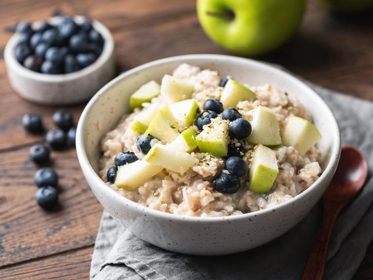 Фото №2 - Как сделать привычный завтрак полезнее и вкуснее: 6 простых лайфхаков